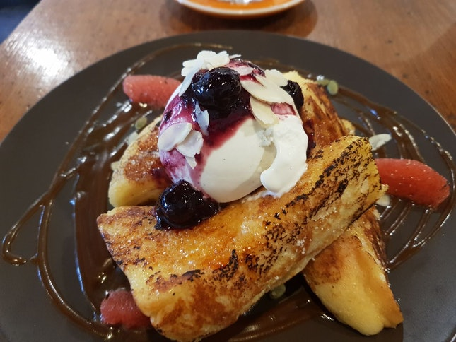 Brulee French Toast ($16.5)