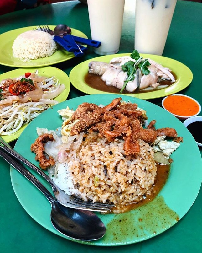 Hawker lunch at Maxwell awhile back!!