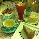 #birthday#first#meal#layer#cake#spaghetti#jasmine#tea#nice#yummy#happy#enjoy#life#mii  happy 27/10/2012