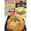 Makan malam bersama para staff kantor, nyobain menu pedasnya #probolinggo mie judes dan nasgor buto ijo (beserta buto nya) #kittencindy #kuliner #foodgasm #latepost #tabletotable #instafood