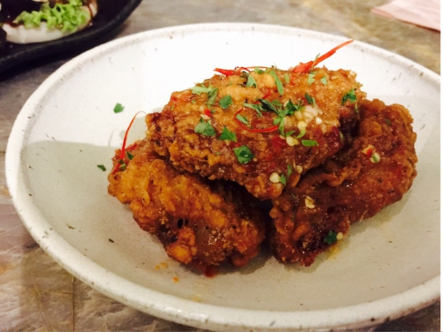 Chilli Glazed Fried Fermented Bean Pasted Chicken Wings