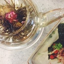• Tea x Sushi .