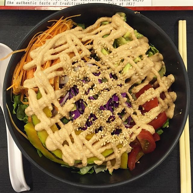 Felt the urge to eat healthy tonight, so I went for this soba bowl with less than 500kal!