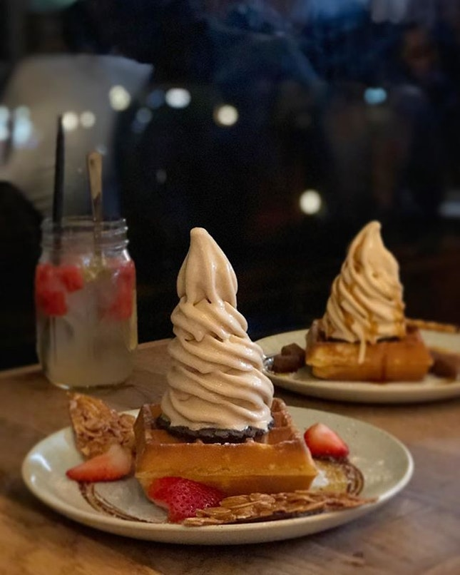 Possibly one of our favourite spots up on Burpple Beyond, 1-for-1 waffle ice cream is always a good idea to celebrate Sunday!