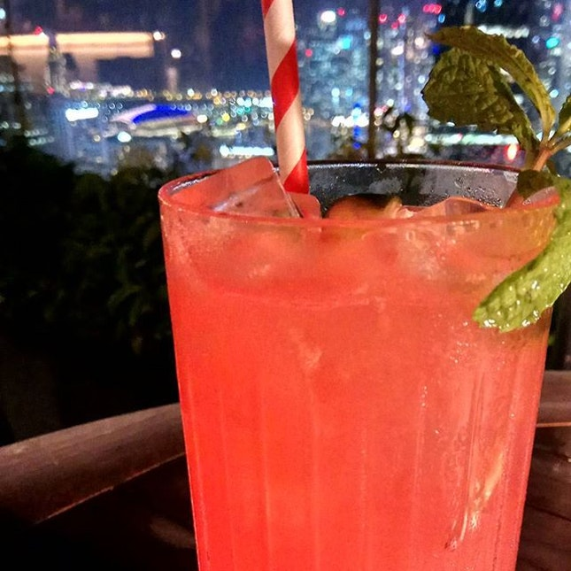 A 152 years in-waiting blue supermoon lunar eclipse calls for a #rooftopbar #cocktail, don't you think?