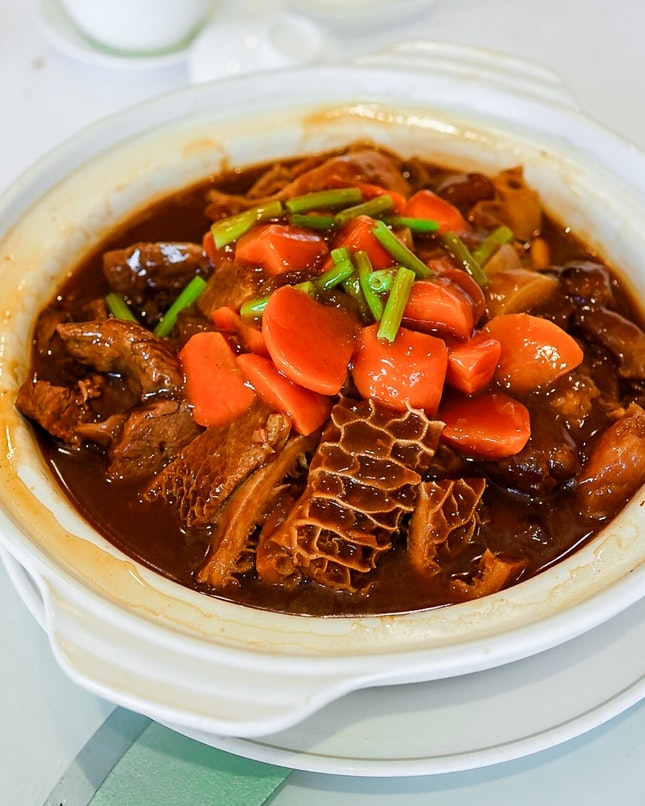 Traditional Stewed Beef in Casserole (意气风发)