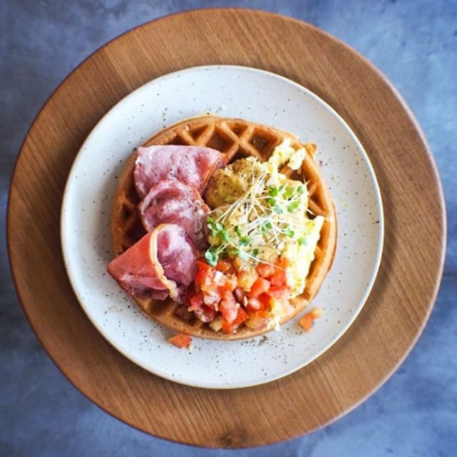 Savoury Waffles ($16 NETT) - Buttermilk waffles generously topped with scrambled eggs, bacon and their homemade salsa makes a really satisfying brunch!