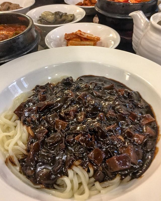 Chilly weather like this got me craving for zhup-py Korean Jjajangmyeong.