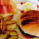 Italian burger - burrata cheese, parma ham, pork patty.