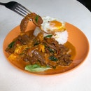 Curry Beef Rice w/ Egg $6.2