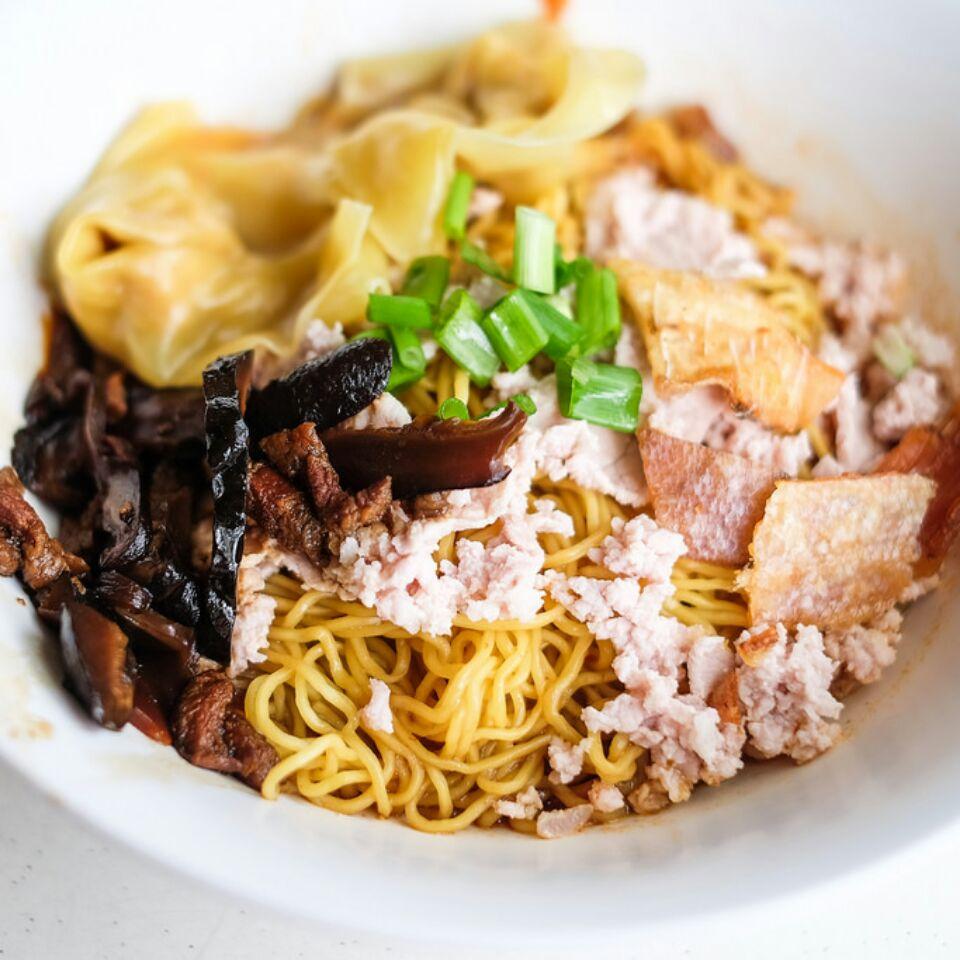 Ah Kow Mushroom Minced Pork Mee Opens at Bukit Batok