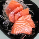 Affordable Seafood & Sashimi at Hawker Centre