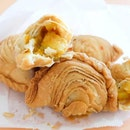 Is This the Freshest and Crispiest Curry Puff Yet?