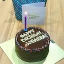 [CLUB ST] Chocolate mint cake from @luciacakes.singapore for @johannabites advanced birthday celebration!