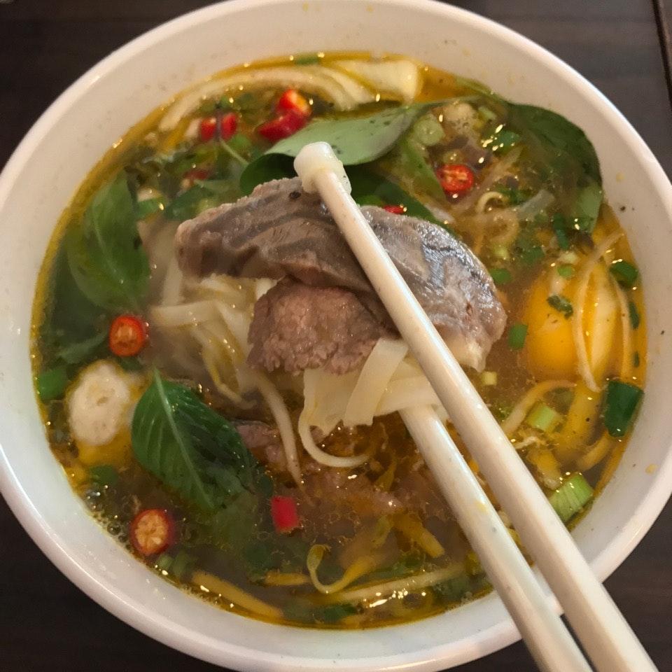 Pho Hanh Delights