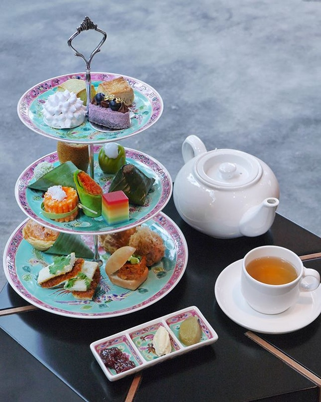 The Lobby Lounge @shangrilasg 😍  Shangri-La Hotel, is proud to unveil its Heritage-inspired Tea Set for Two!