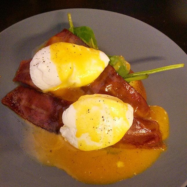 12 September 2014 - Eggs Benedict for lunch #lunch #food #foodie #foodporn #foodcoma #alldaybreakfast #drurylane #sg #Singapore #love #iloveeggs