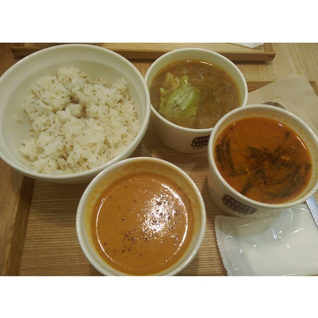 15 September 2014 - Dinner at Soup Stock Tokyo : lobster bisque, Korean beef soup and free chicken and vegetable soup.