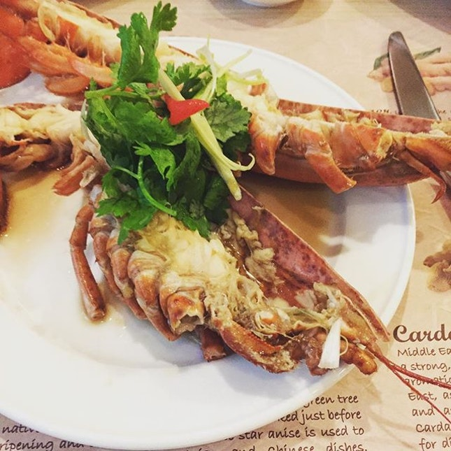 Steamed Boston Lobster in Chinese Wine #getintomybelly .