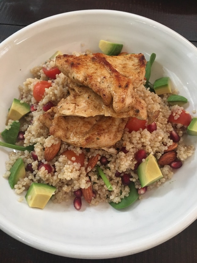 Chicken Salad Quinoa. Refreshing Brunch With My Family.