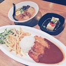 Taste as good as it looks, pretty decent ramen & perfect curry rice fries combi!