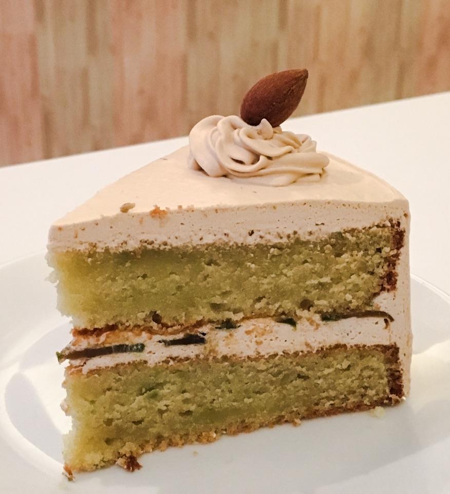 Avocado Gula Melaka Cake
