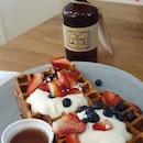 Banana Waffle With Yogurt and Berries