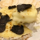 Aburi Camembert Cheese with Truffles - soooooooo damn good, i could have finished the entire thing myself!