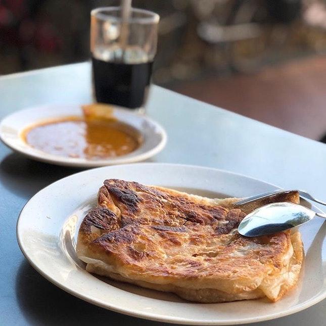 Sunday breakfast with papa👴🏻👩🏻 Still v long wait..