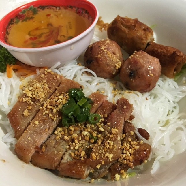 Bun Thit Nuong Cha Gio ($7.90)
