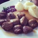 #beefballs #ikea #food #foodporn #foodstagram #singapore #instagram #iphoneonly #iphonegraphy