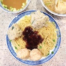 Throwback to when we spent our time eating the famous Bib Gourmand wanton mee at Tsim Chai Kee while waiting for Mak's Noodles across the street to open.