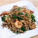 Pad Woon Sen Talay - Stir-Fried Vermicelli with Seafood [$10 for Medium]
