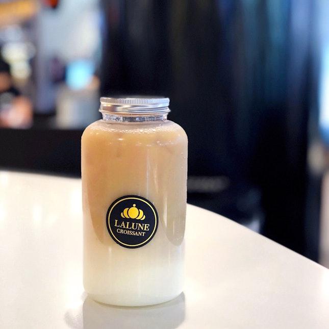 Oolong Milk Tea [$3.50]