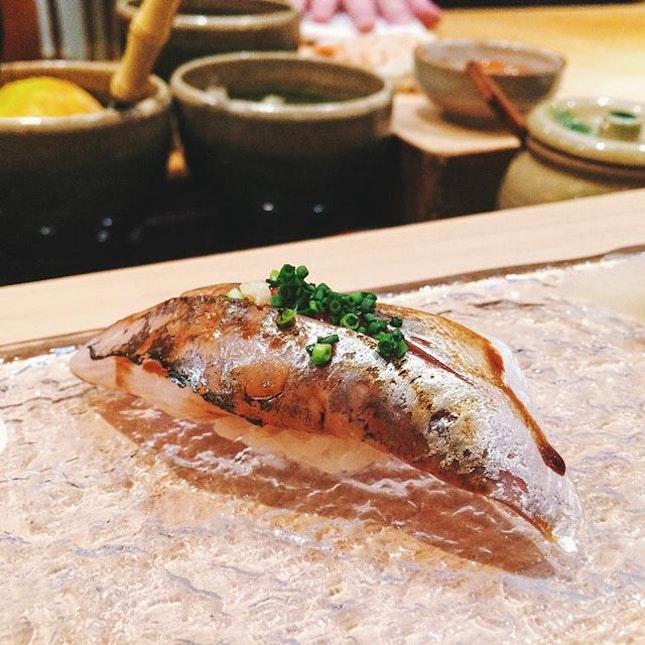 Aji [horse mackerel] from Kagoshima, spring onion, ginger.