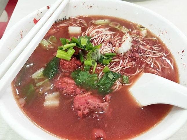 红槽面线 Ang Zao Mee Sua: something about that fermentation which makes this dish so delicious.