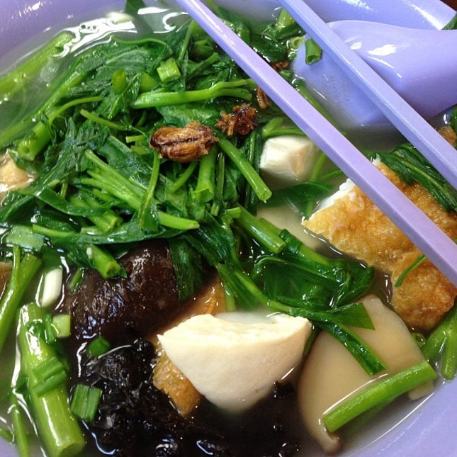Only just my favourite Yong tau foo to chase the Monday blues away.