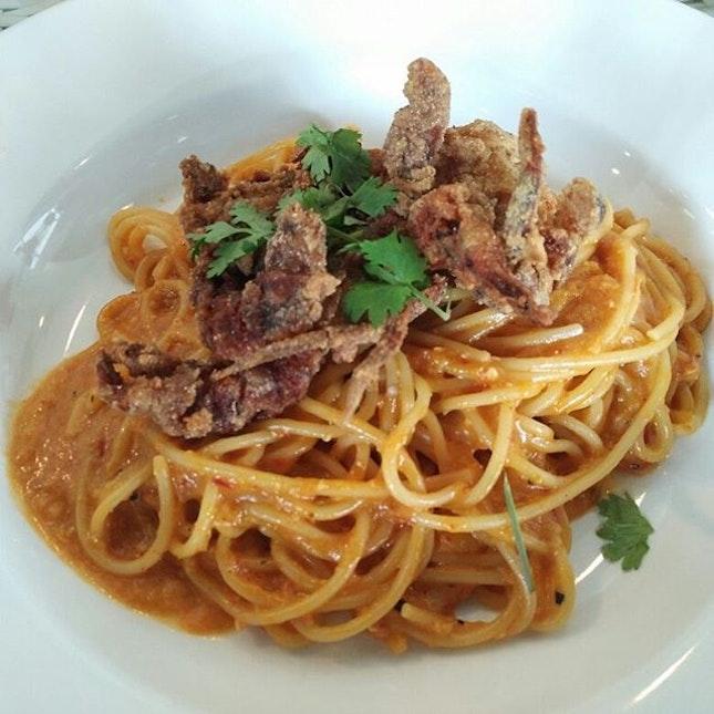 Chilli crab pasta and fried calamari with squid ink!
