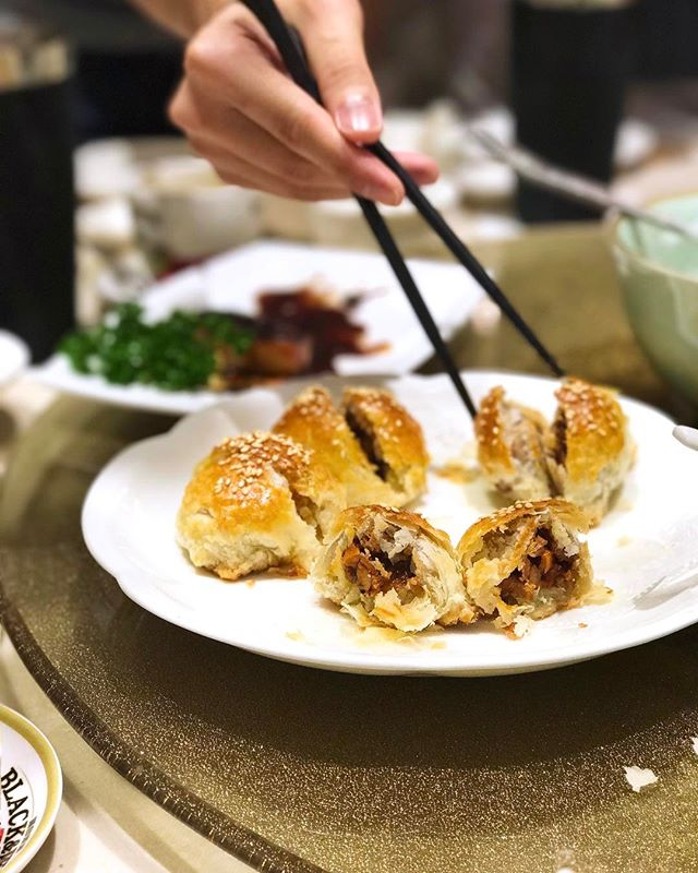 Baked BBQ Pork Pastry —$6.80/3pcs For those who do not know yet, new outlet of Canton Paradise at MBS and extra good news to latesleepers because they serve dimsum ALL DAY long!