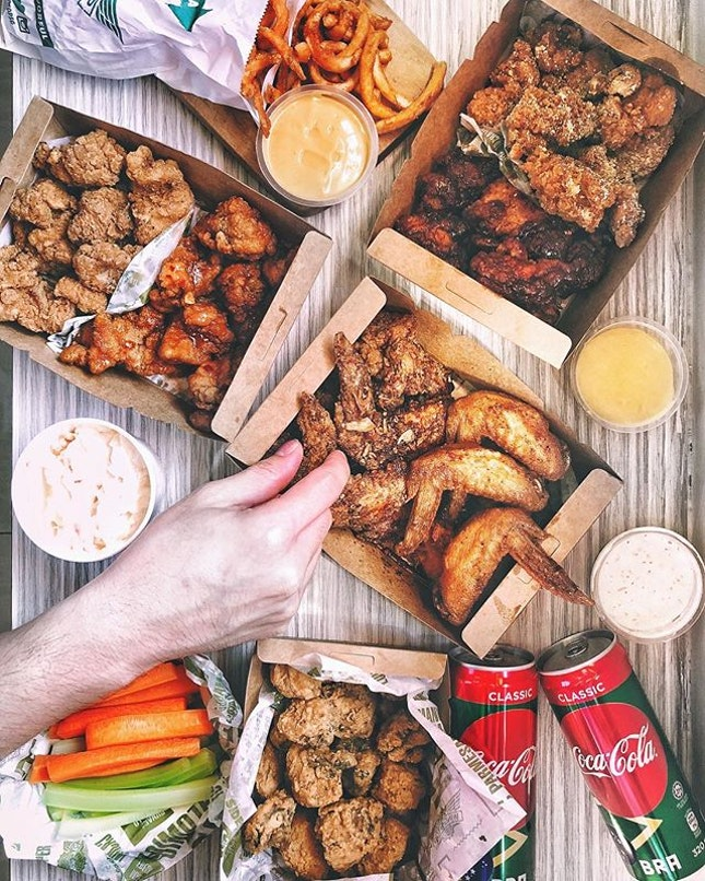 Bundle for 4 —$44.95 If u're enjoying the late night food deliveries from @foodpandasg like i do this World Cup season, then you might just be one of the 35 winners to walk away with either a $50 vouchers or Coca Cola football WEEKLY!