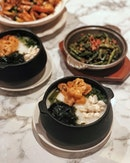 Premium Seafood Congee —$13.80 With Japanese Seaweed, this congee definitely worth the value because of the seafood like scallops and crabmeat.