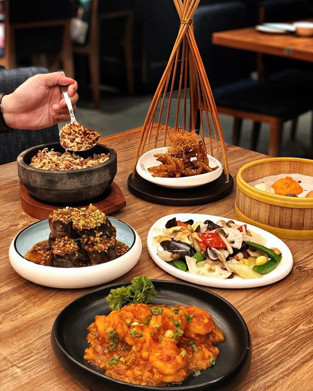 My trusty to-go place for Chinese food as Crystal Jade La Mian XLB updated their menu with an extensive selection of Northern Chinese specialties like Fried Mixedgrain Rice in hot stone pot.