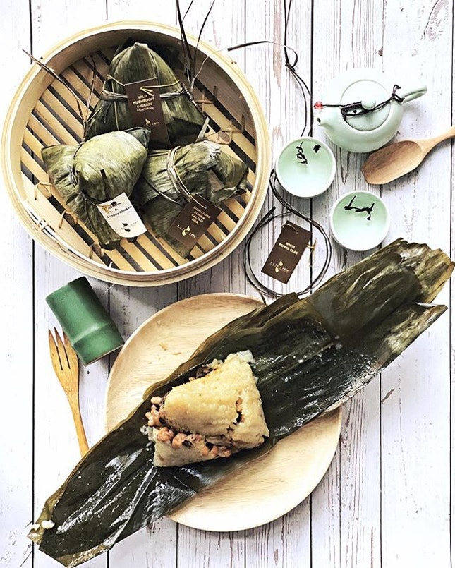 Really excited to see my favourite White Pepper Crab Rice dumpling from @singaporemarriott coming back year after year!