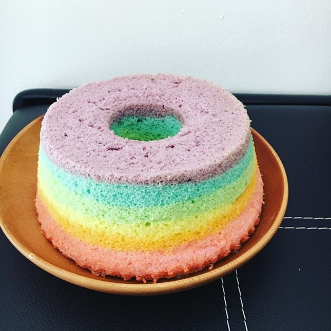 A Rainbow Chiffon Cake That Not Only Looks G 900 2757