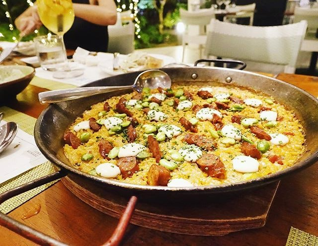 Time for lunch and I can only think about this rich pan of paella from @1_una The rice may be a little softer (would prefer al dente with a slight crust) but love that saffron sauce which is made creamier with the aioli.