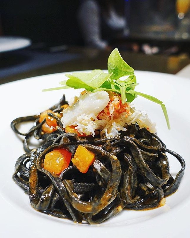 Crappy day calls for comforting carbs and this gorgeous homemade squid ink tagliolini with roasted garlic and langoustine sauce will make everything better temporarily.
