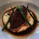 Braised Wagyu Beef Cheeks in Red Wine, Creamy Mash and Green Beans Beef cheek is always one of my favorites!