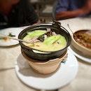 Pig stomach soup - so warm and comforting, if only there was more soup 😋😋 #poomsandpoms #foodies #sgfood #sgfoodies #sgeats #sgfoodporn #singaporefood #sgfoodtrend #eatmoresg #eatoutsg #foodinsing #yummyinmytummy #fatdieme #stfoodtrending #8dayseat #burpple #pigstomachsoup #yibyjeremeleung #raffleshotel #cityhallsg