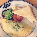 Brunch earlier on // farmer's omelette!