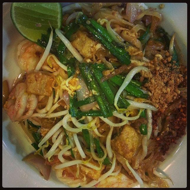 Phad Thai #snapseed #foodporn #foodpic #foodforfoodies #food #umakemehungry #makanhunt #foodgasm #foodstagram #food_digest #yummy #foodoftheday #instafood #foodsg #singaporefood #thai #thaiaffair #sgfoodies #sgfood